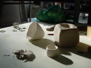 Müsterli aus Porzellanpaperclay frisch modelliert