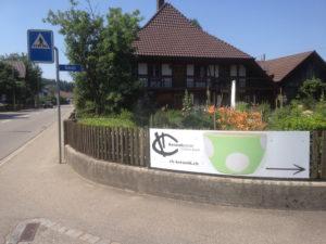 Schild an der Hauptstrasse, ch-keramik.ch