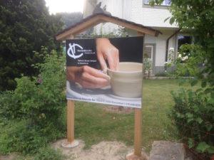Tafel mit Dach, Gässli Kleindietwil, ch-keramik.ch