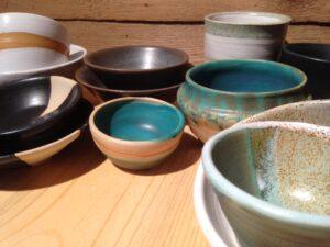 Gedreht und fertig glasierte Keramik, ch-keramik.ch